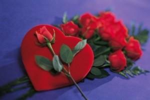 imagenes de rosas rojas con corazones 2